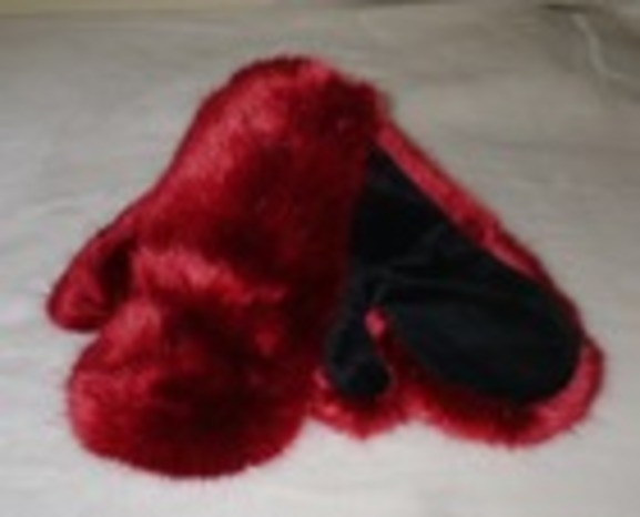 New Faux Fur Mittens